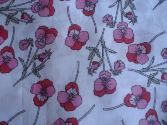 Tissu Liberty Ros rouge et rose