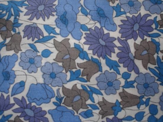 Tissu Liberty Poppy and Daisy bleu violet