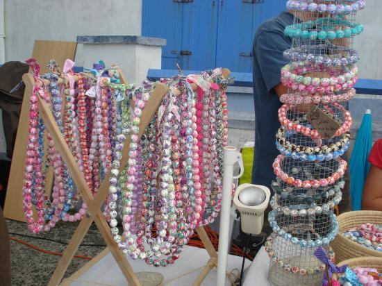 Stand Phimalou sur les marchés d'été en Bretagne