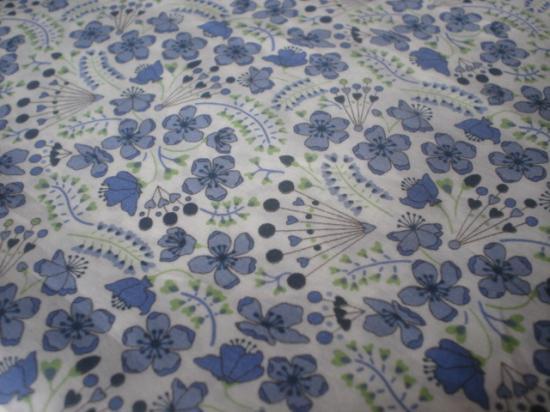 Tissu Sarah Secret Garden bleu