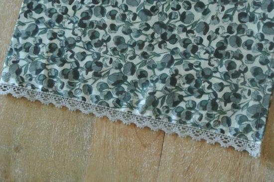 Chèche Eliza's gris bordé dentelle grise