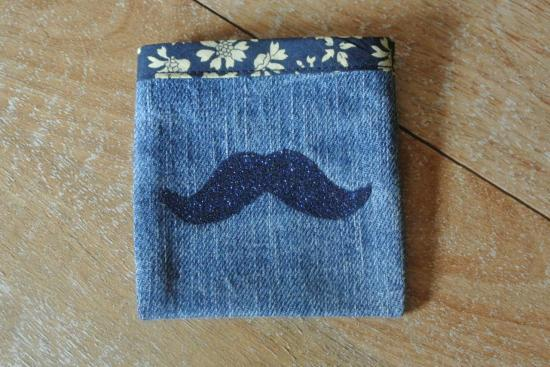 Etui Jeans Capel marine  moustache bleue