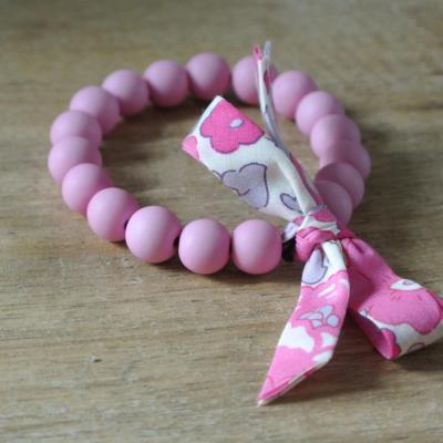 Bracelet perles rose pastel et Liberty Betsy