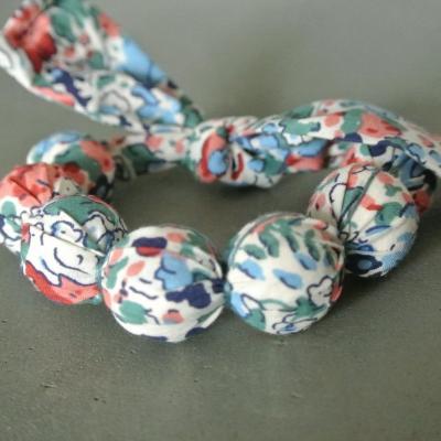 Bracelet boules en Liberty Claire Aude