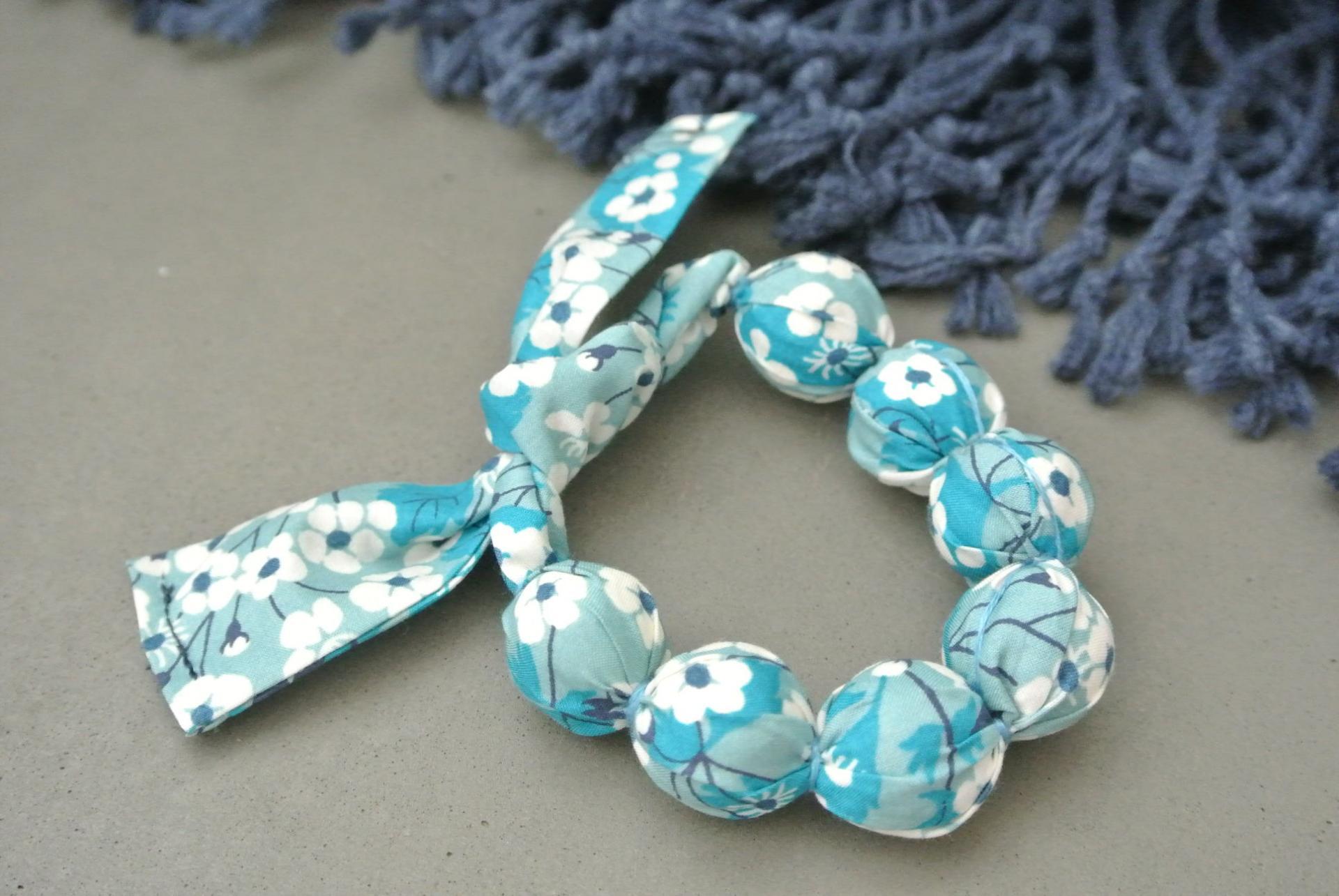 Bracelet boules mitsi