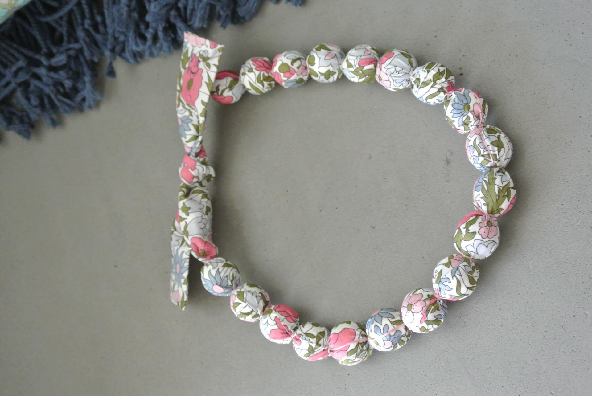 Collier boules Poppy And Daisy
