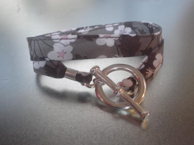 Bracelet ruban mitsi
