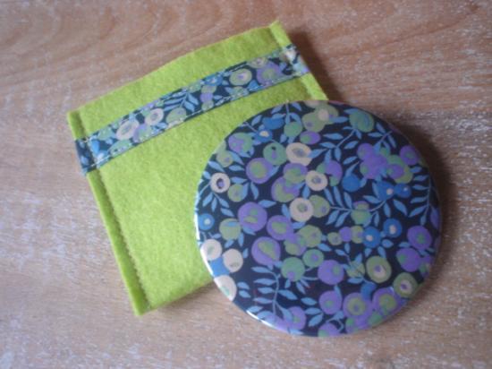 Miroir Glenjade bleu et violet avec étui vert