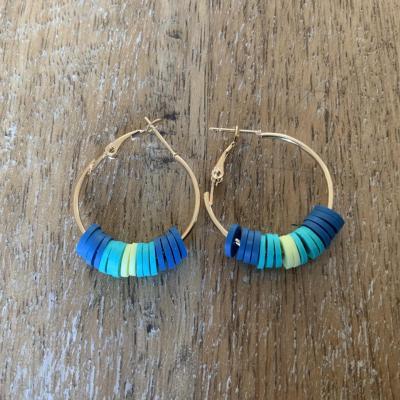 Boucles d'oreille Heishi bleu
